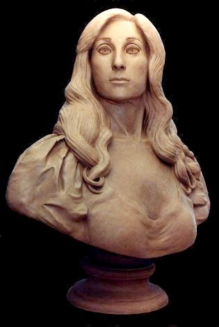 BUST OF NINA KAVTARADZE. Clay. Height: 75 cm. By Stefan Bl�ndal